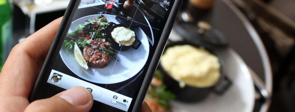 Smartphone apps to find the best restaurants around